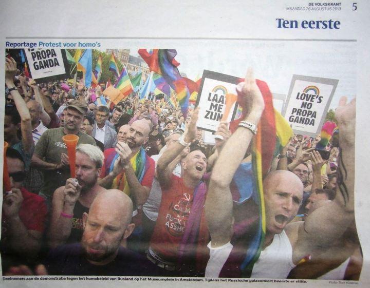 artikel Volkskrant demonstratie 25-8-2013 (foto)